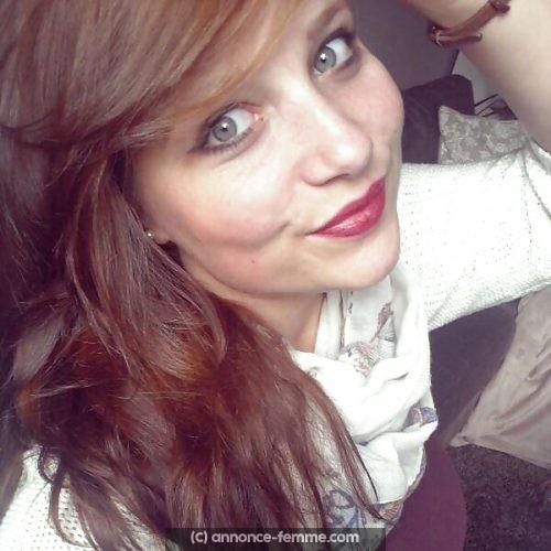 Jeune femme qui adore la vie pour relation sérieuse a Aix