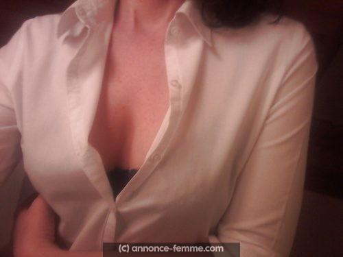Karine a Montpellier pour des rencontres discrètes uniquement (mariée)