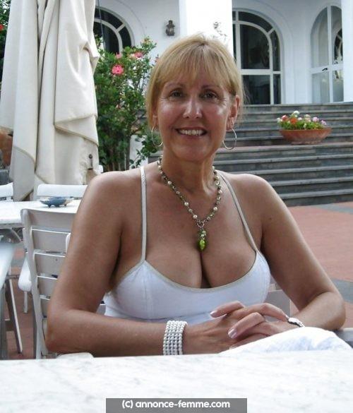 Annonce de Laure a Rouen femme veuve qui cherche homme africain