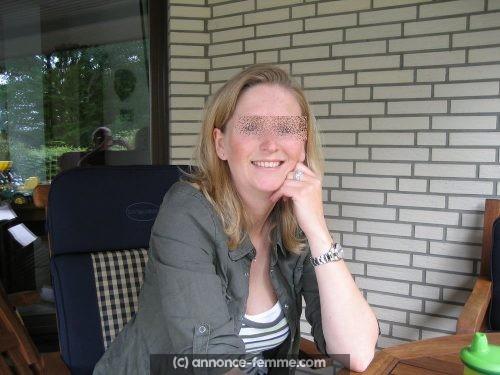 Annonce femme divorcée mais pas désespérée a Blois