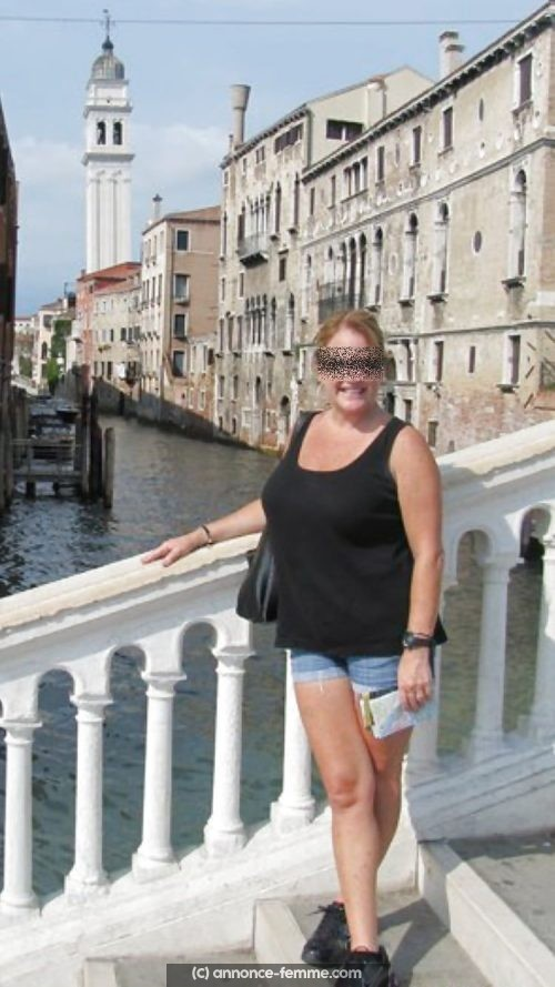 Martine femme divorcée de 50 ans cherche contacts a Caen